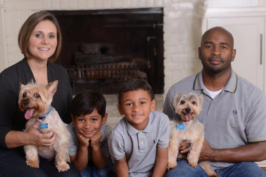 family-photo-pets