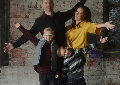 Indoor family portraits grunge look