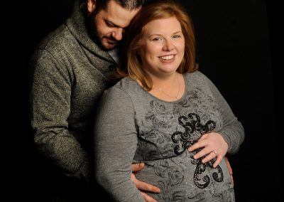 Maternity photo couple in studio